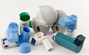 Небулайзеры: превращают жидкое лекарство в аэрозоль