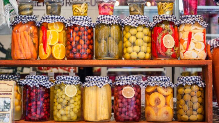 Как мариновать фрукты на зиму?
