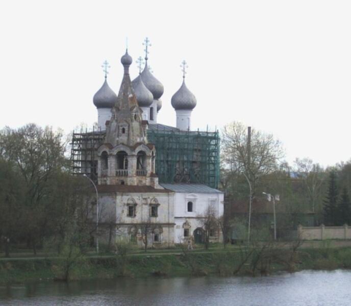 Вологда. НабережнаяVI Армии, 105. Церковь Иоанна Златоуста