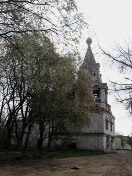 Звонница Златоустинской церкви