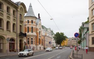 Какие необычные здания Москвы вам известны?