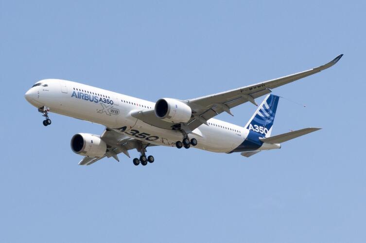 Самолет Airbus А-350