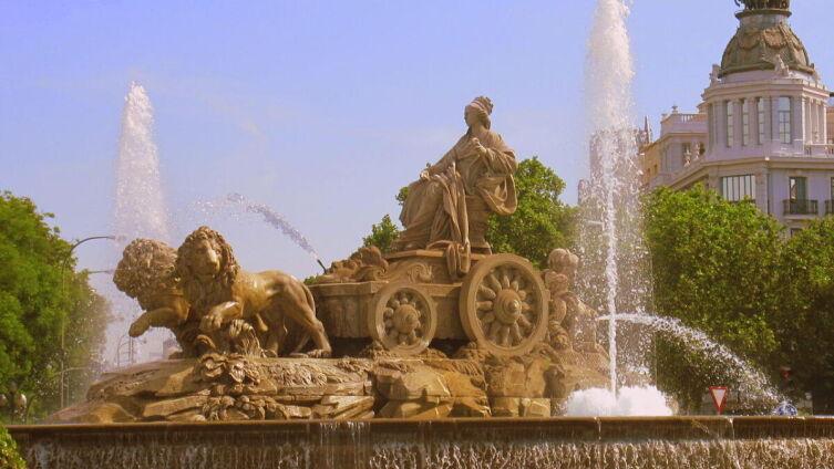 Фонтан «Кибела» в Мадриде