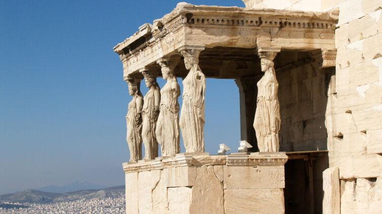 Крыльцо Эрехтейона с кариатидами. Афины 421—407 гг до н. э.