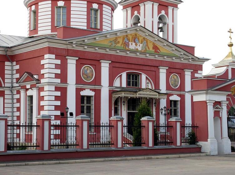 Церковь Сергия Радонежского в усадьбе «Алмазово»