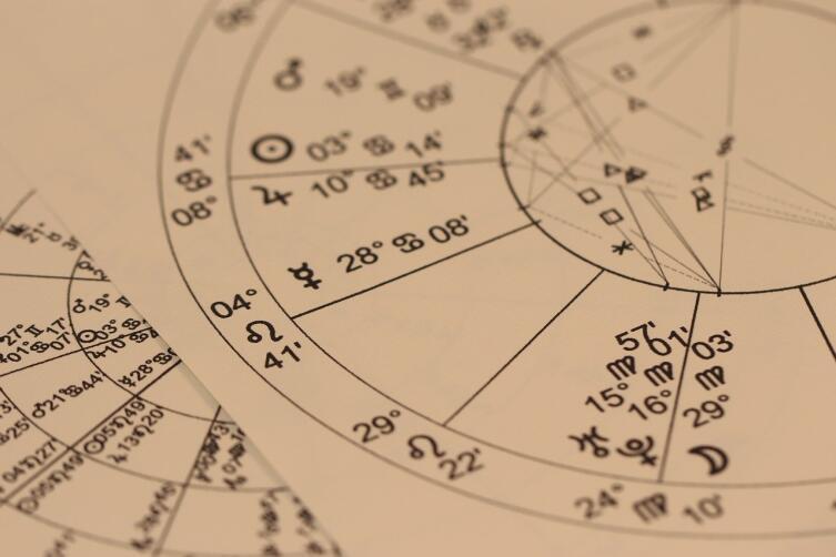 Почему астрология — лженаука? Часть 1: глазами ученых