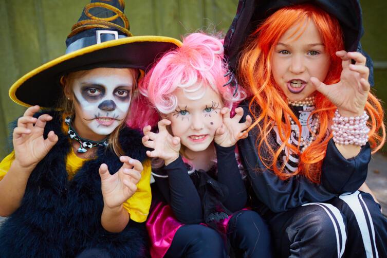 Какие традиции на Хэллоуин есть в разных странах?