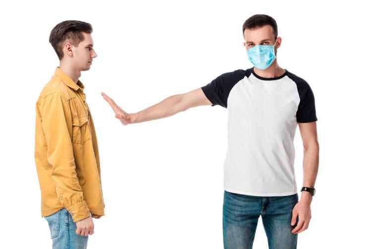 Повысится ли риск заразиться коронавирусом с наступлением зимы?