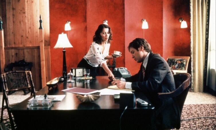 Кадр из к/ф «Секретарша», 2001 г.