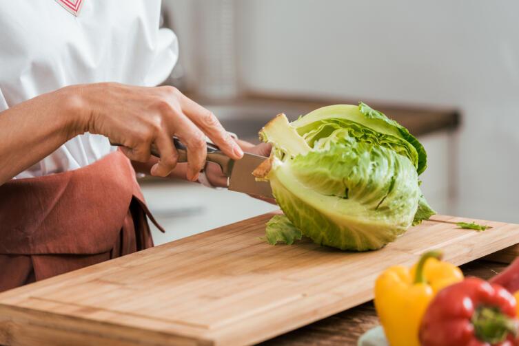 Что можно приготовить из треснувшего кочана капусты?
