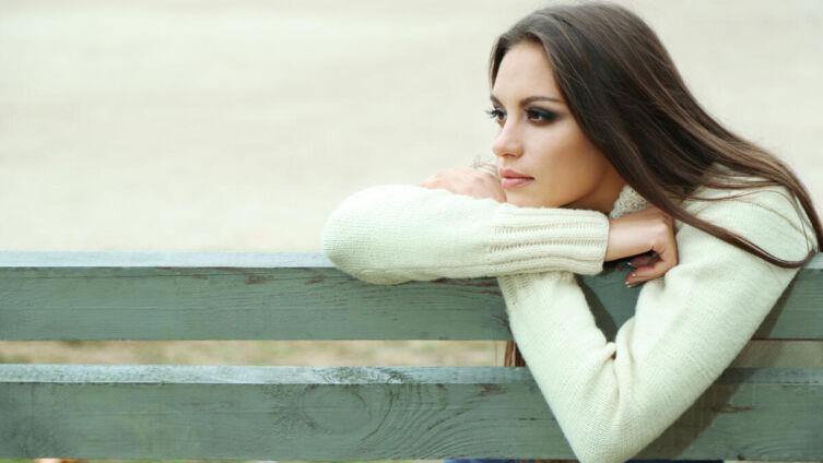 Почему красивые женщины часто одиноки?