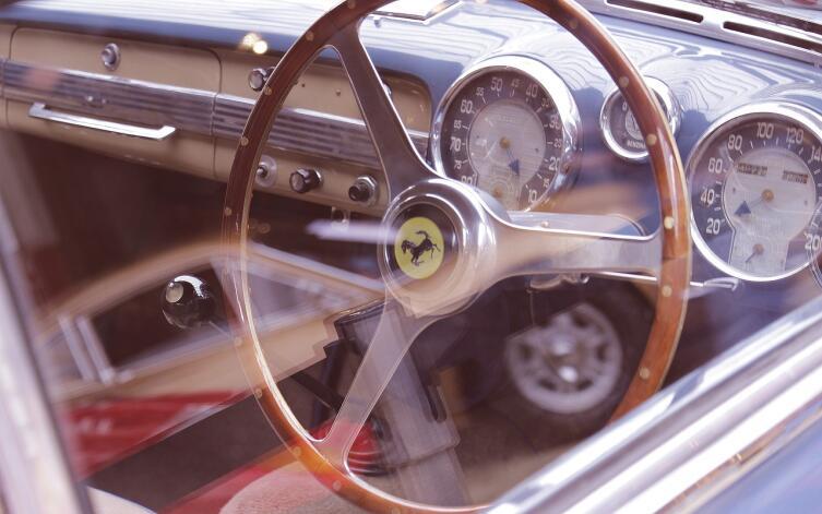 Стоит ли покупать «праворукий» автомобиль?