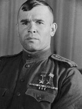 Дважды Герой Советского Союза Арсений Васильевич Ворожейкин