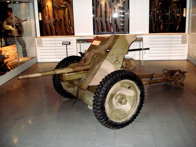 Противотанковая пушка Рак-36