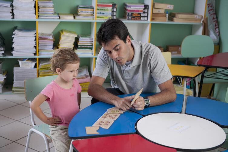 Нужно ли ребенку заниматься по методике раннего развития?