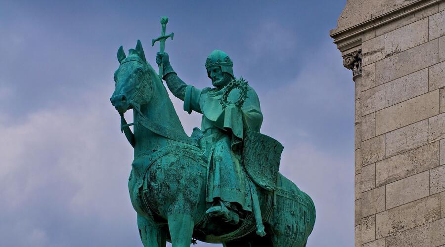 Конная статуя Святого Людовика в Сакре-Кер