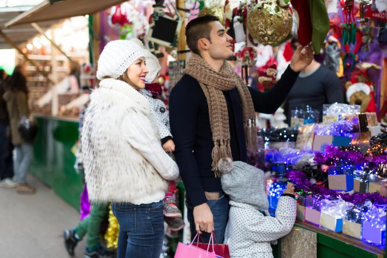 Как найти новогоднее настроение в совсем не новогоднюю пору?