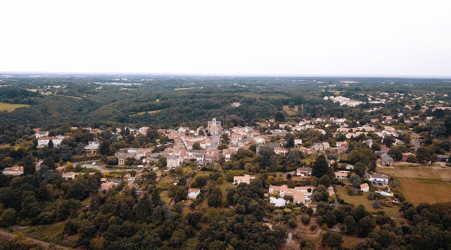 Вид на Ле-Селье