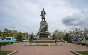 Чем заслужил свою славу адмирал П. С. Нахимов?