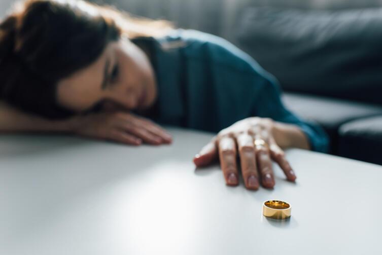 Когда при разводе недвижимость достаётся одному из супругов?