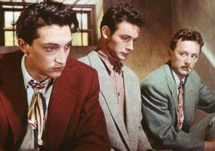 Кадр из к/ф «Убийство на улице Данте», 1956 г. В. Гафт - в центре