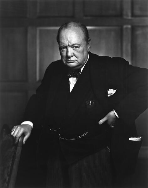 Уинстон Черчилль в начале своей карьеры был военным корреспондентом