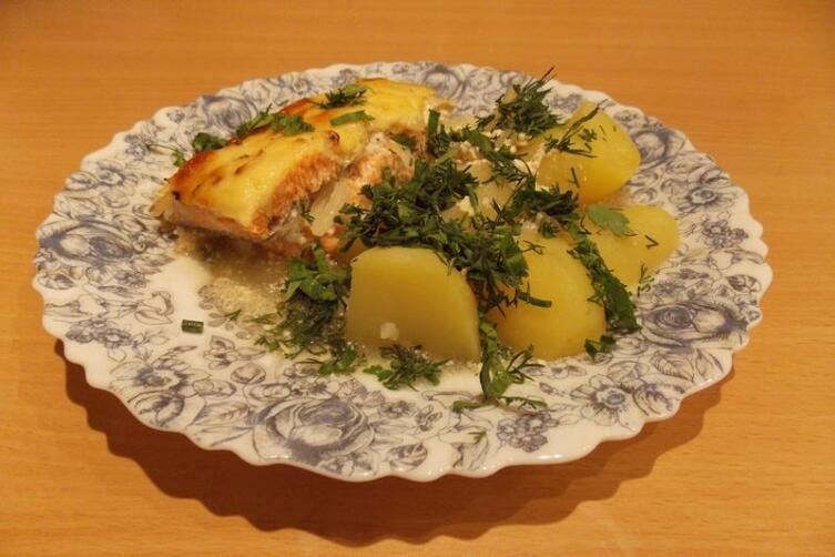 Картошка, да к рыбке… Что может быть лучше?