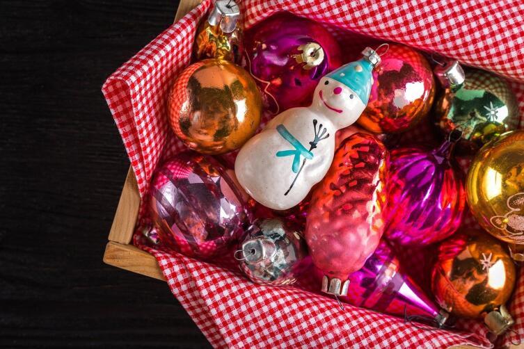 Чем украшают новогодние ёлки?