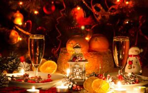 Какие десерты приготовить к новогоднему столу ?