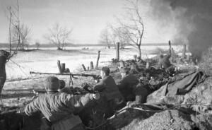 Великая Отечественная: как советские бронебойщики уничтожали немецкие танки?