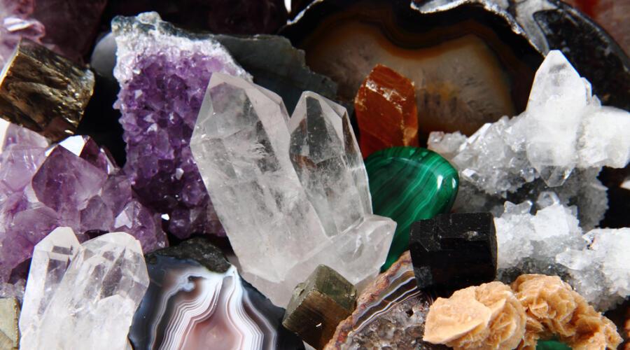 Как зарабатывают на драгоценных камнях?