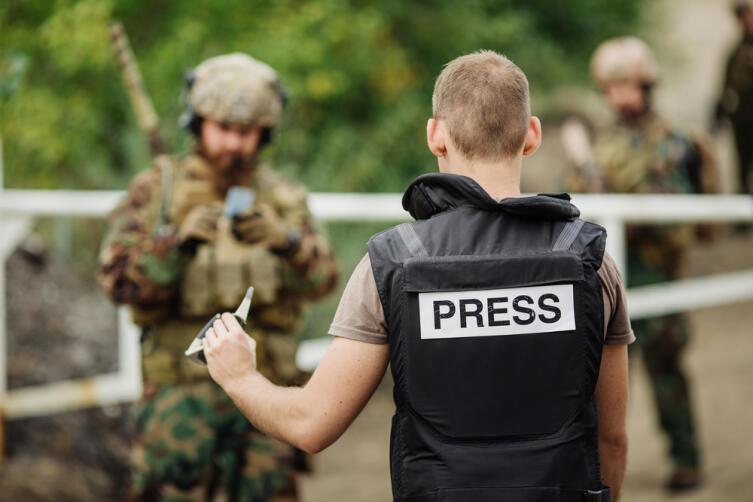 Какова история военной журналистики?