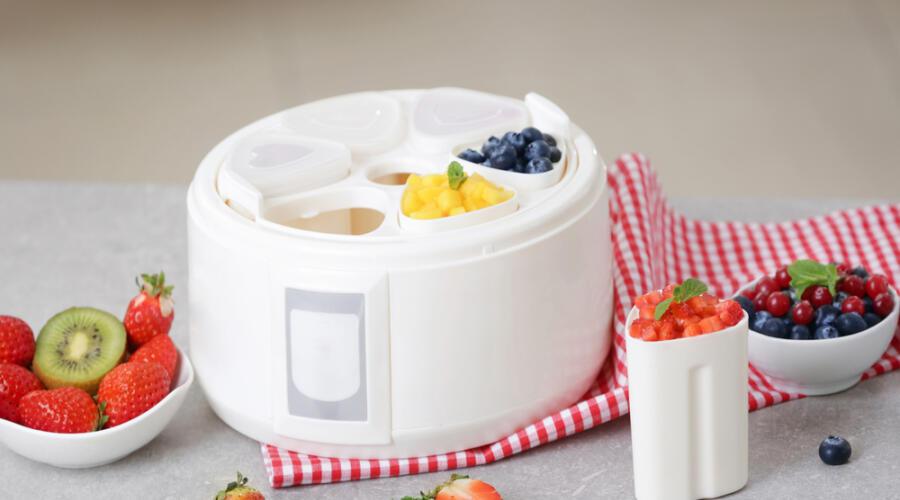 Как сделать полезный и вкусный йогурт дома?
