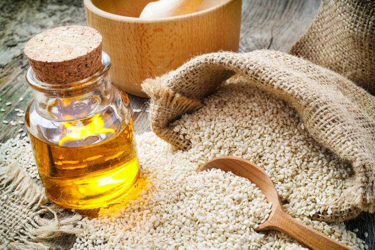 Чем полезно кунжутное масло?