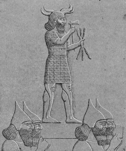 Ассирийские солдаты Ашшурбанипала несут статую Адада (также известного как Рамман)