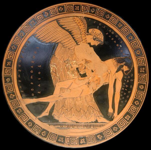 Аврора (Эос) поднимает тело своего сына Мемнона. Краснофигурный сосуд, Капуя, начало V века до н. э.