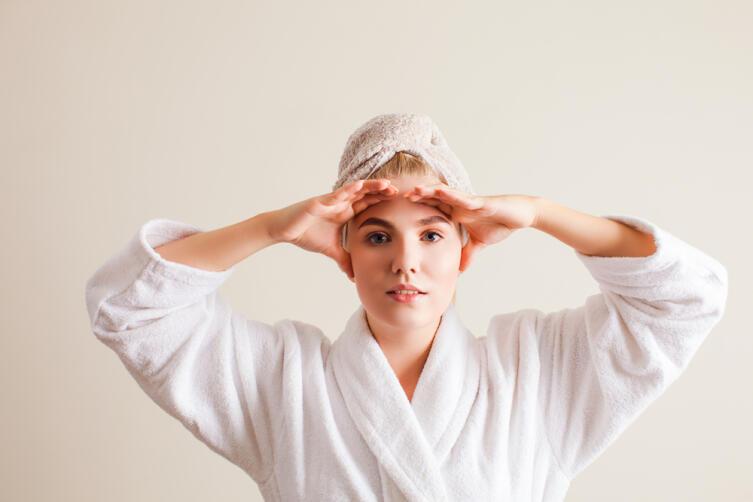Как самостоятельно сделать массаж лица?