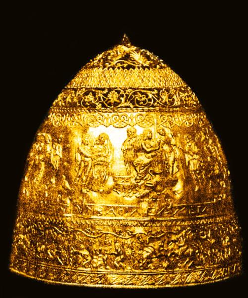 «Тиара Сайтаферна» - предполагаемая коронационная шапка скифских царей