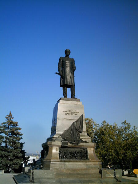 Памятник П. С. Нахимову в Севастополе