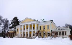 Куда можно съездить в выходной из Москвы?
