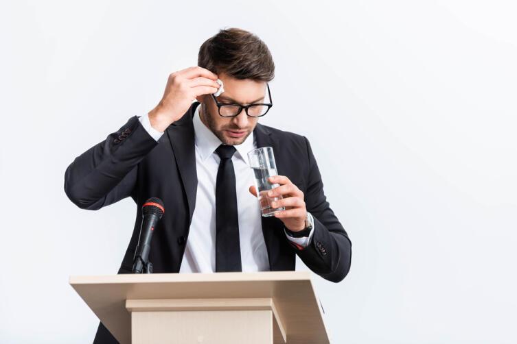 Почему возникает страх перед публичными выступлениями?
