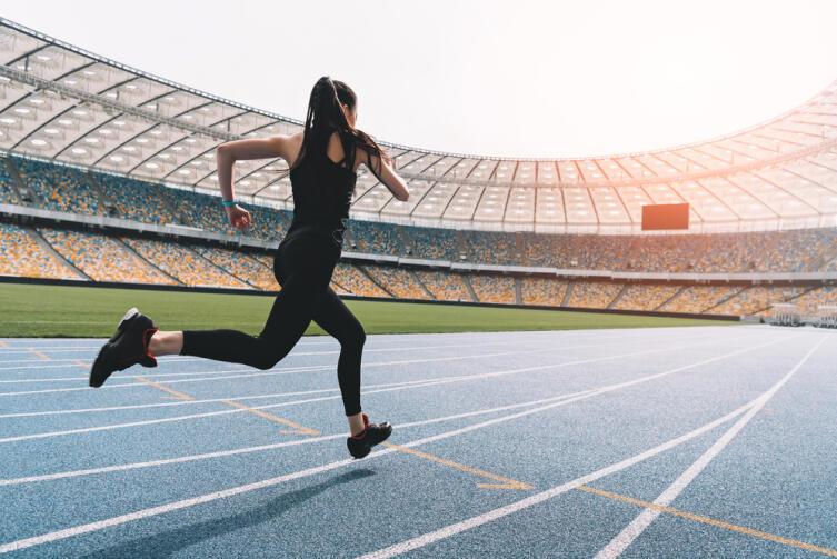 Важно, чтобы у кроссовок был хороший отскок, возврат энергии