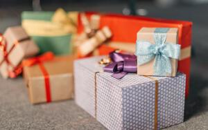 Дари заботу с Oral-B: идеи подарков, которые вызовут улыбку