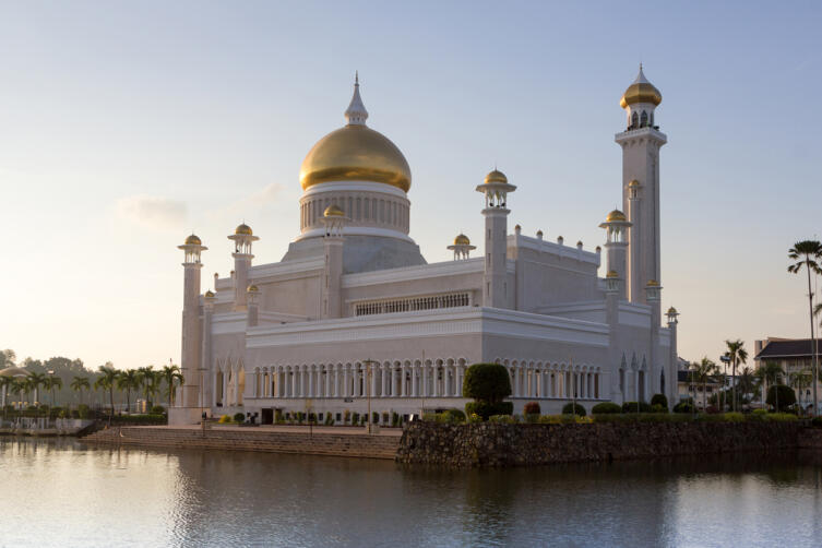 Главная мечеть Брунея