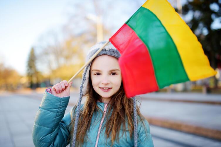 Как празднуют 8 Марта в разных странах мира?
