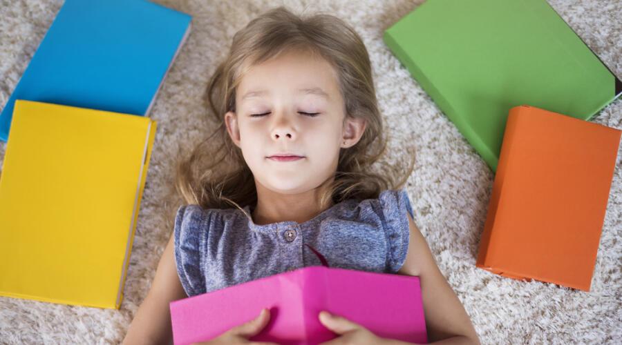 Почему детям нужно читать сказки?