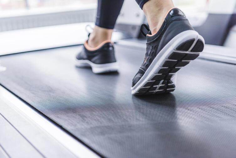 Не забывайте об обуви, даже на домашней тренировке