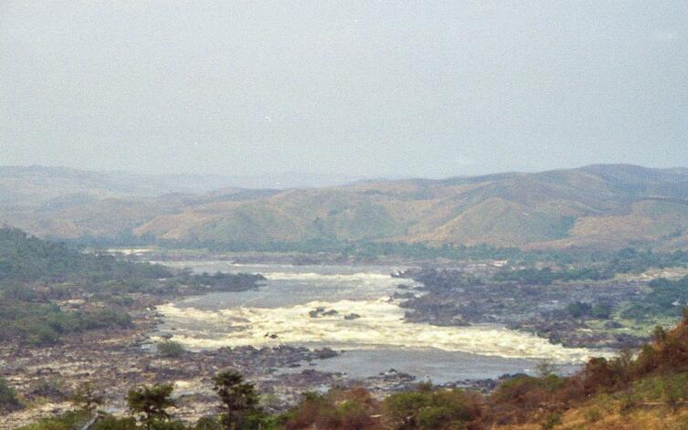 Водопад Инга, один из водопадов сети Ливингстона, Конго
