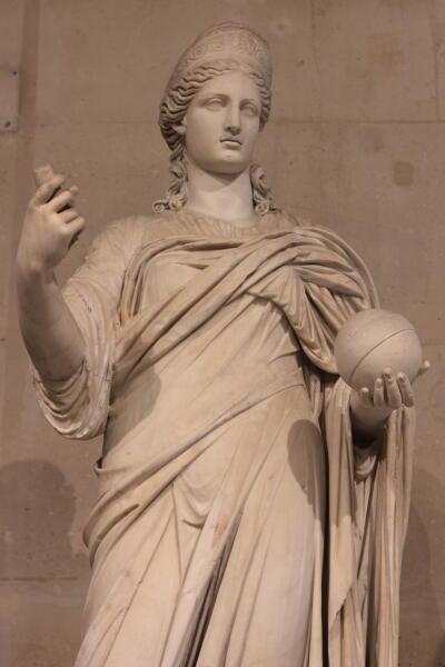Статуя Юноны в Лувре