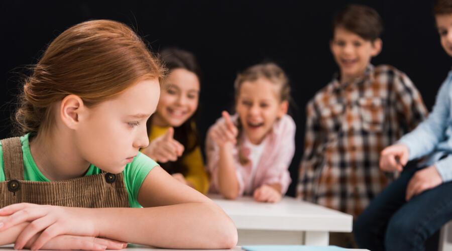 Что делать, если вашему ребенку объявили бойкот?